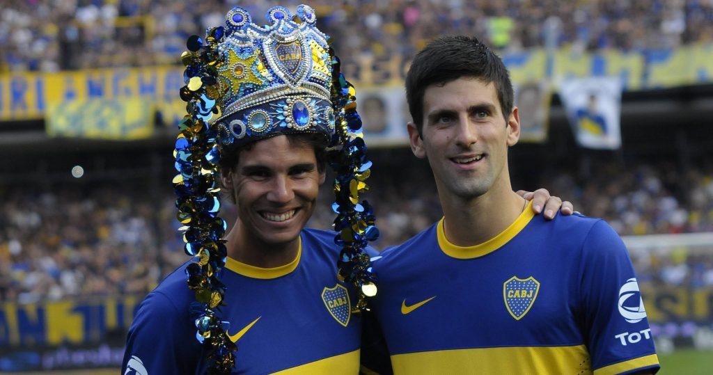 Nadal et Djokovic à la mi-temps d'un match de Boca Juniors en marge d'une exhibition.