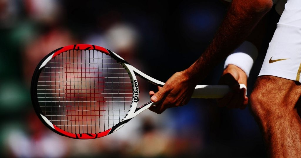 Roger Federer played with a 90 square inch racquet before 2014.