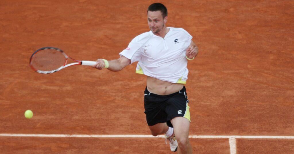 Robin Söderling at Roland-Garros in 2009