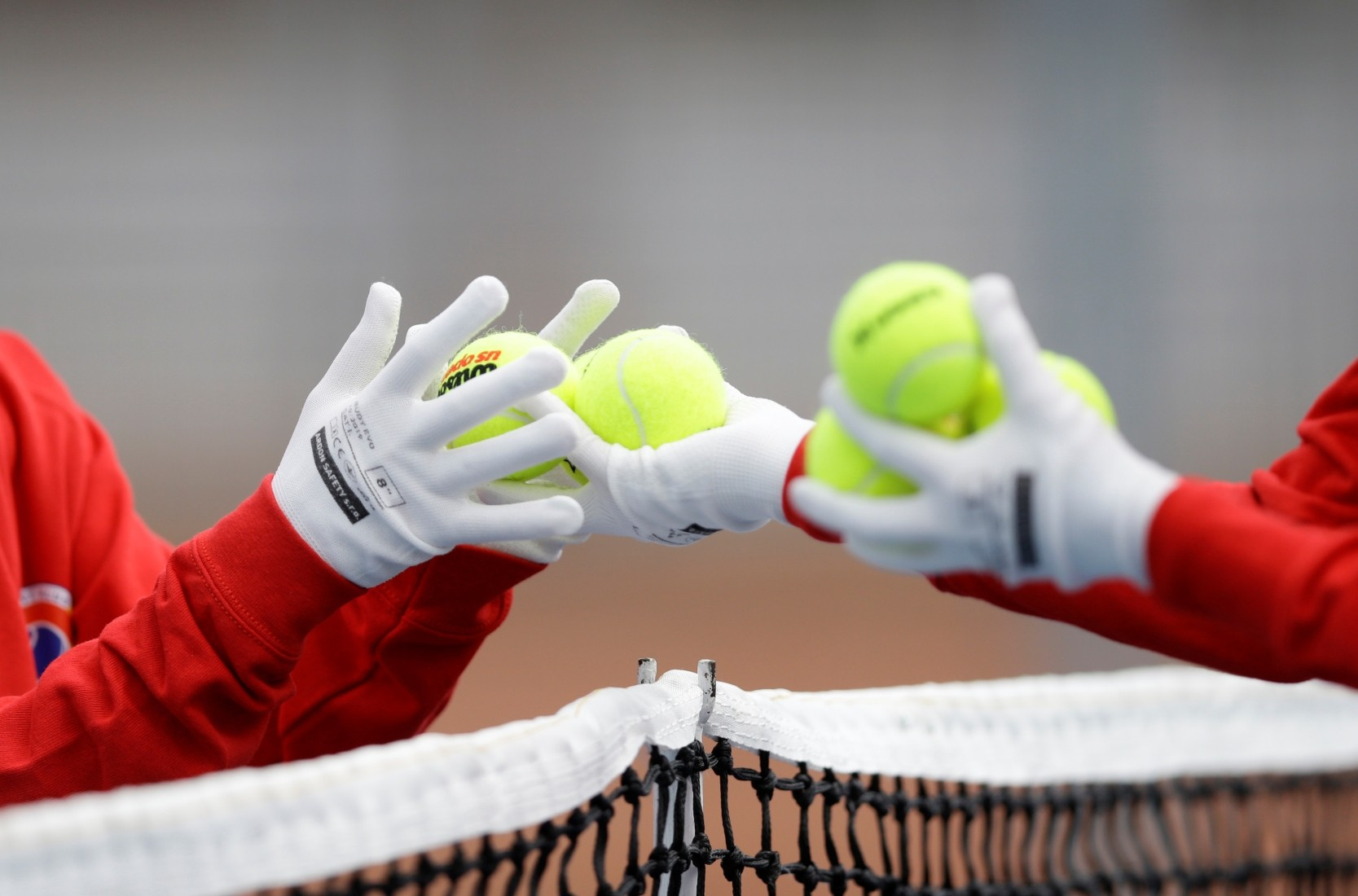 Ball girls gloves
