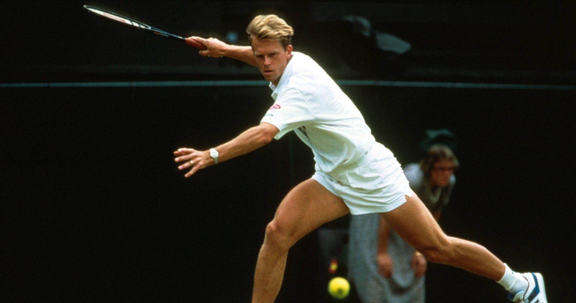 """Stefan Edberg inflige un """"tricycle"""" lors du premier tour de Wimbledon"""