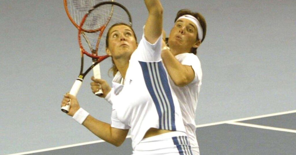 Miriam Oremans & Kristie Boogert, Fed Cup, 2003
