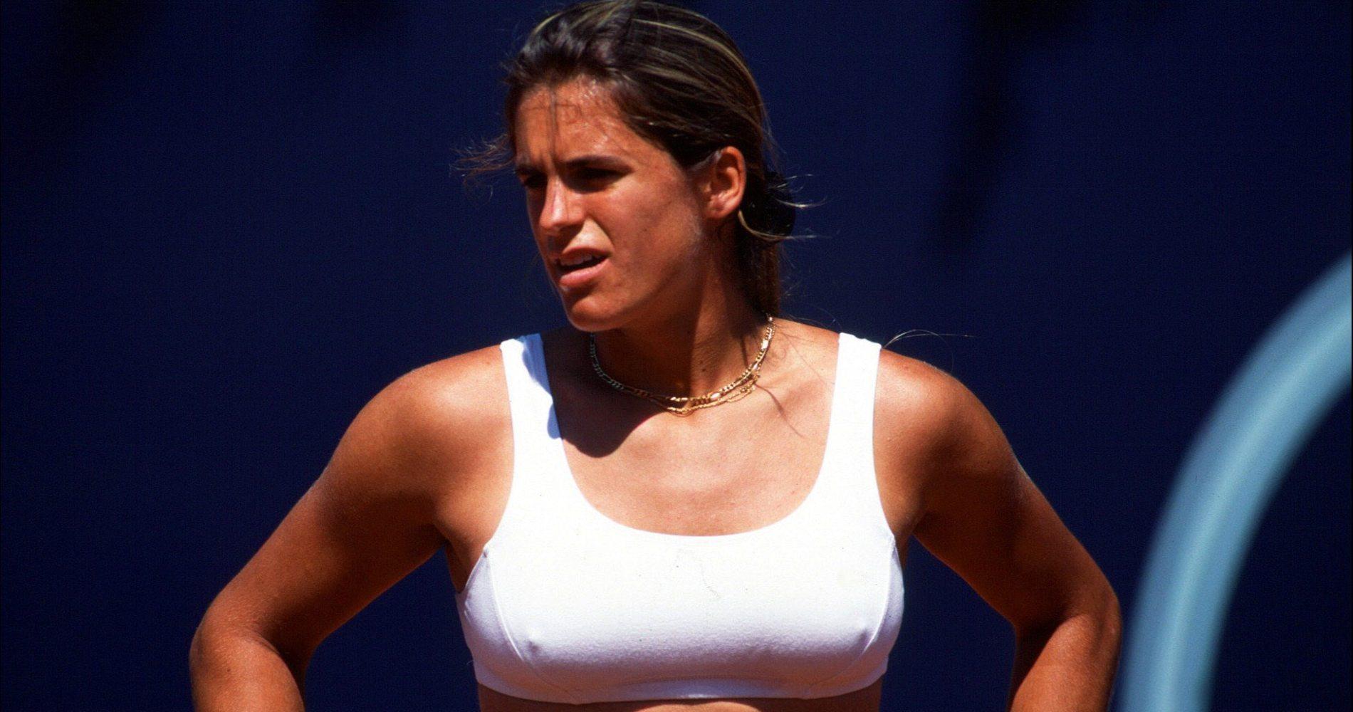 Amélie Mauresmo - 1999 (2)
