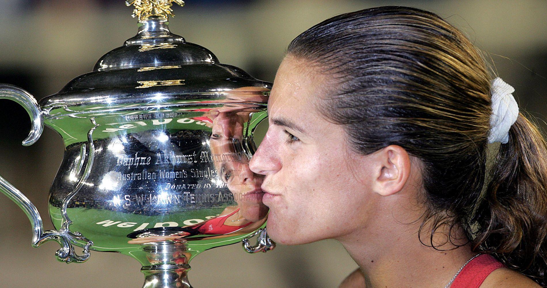 Amélie Mauresmo - 1999 - Open Australie win