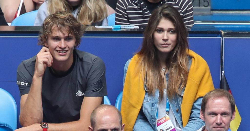 Alexander Zverev with Olga Sharypova, Hopman Cup, 2019