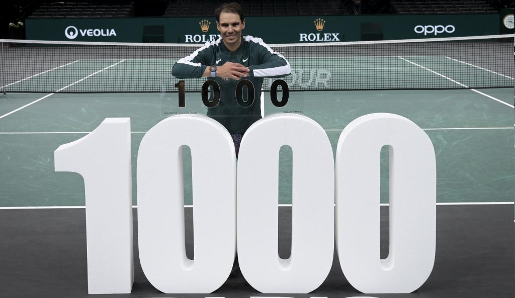 Rafael Nadal célèbre sa 1000e victoire
