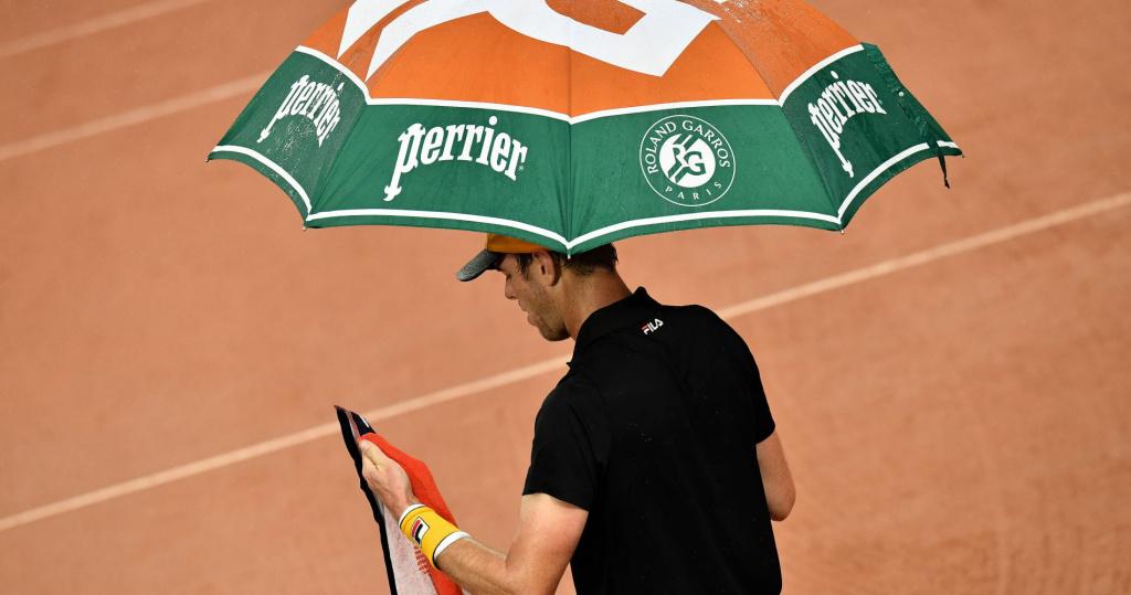 Sam Querrey parapluie Roland-Garros
