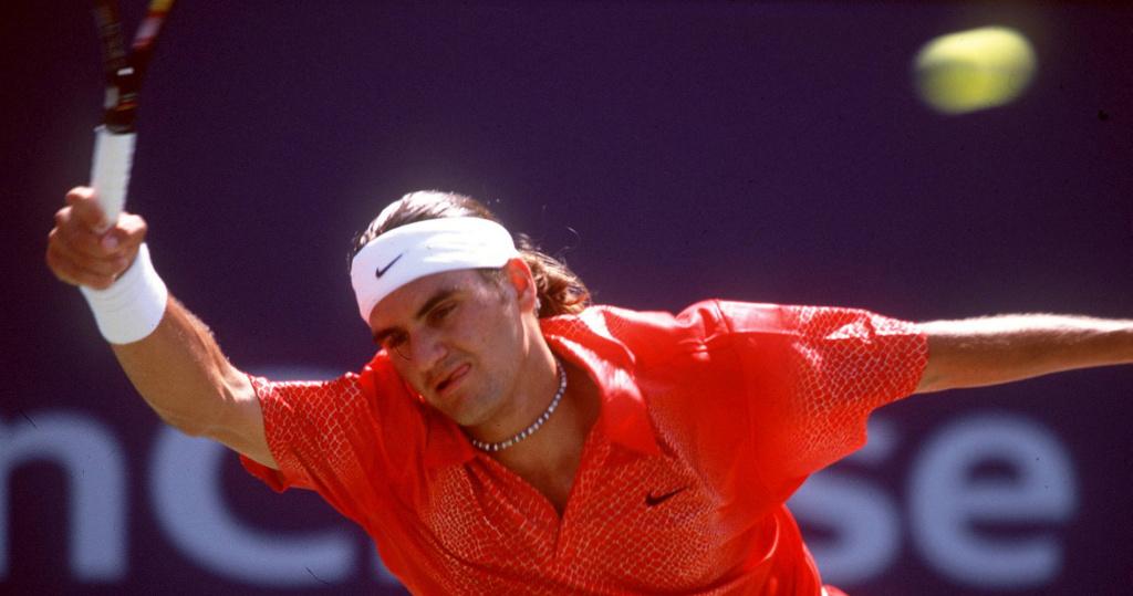 Roger_Federer_US_Open_2001_OTD_2/04
