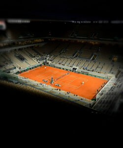 Roland-Garros, night session, court Philippe-Chatrier