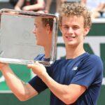 Luca Van Assche at Roland-Garros in 2021