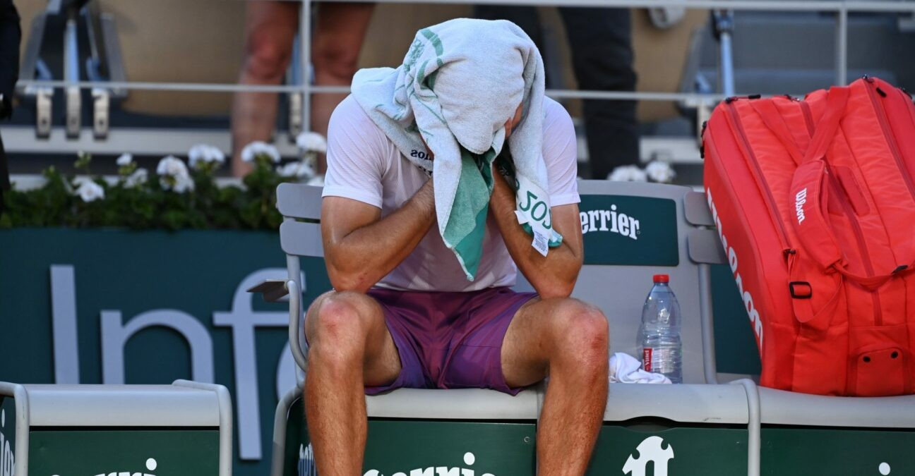 Tsitsipas_Roland-Garros_2021