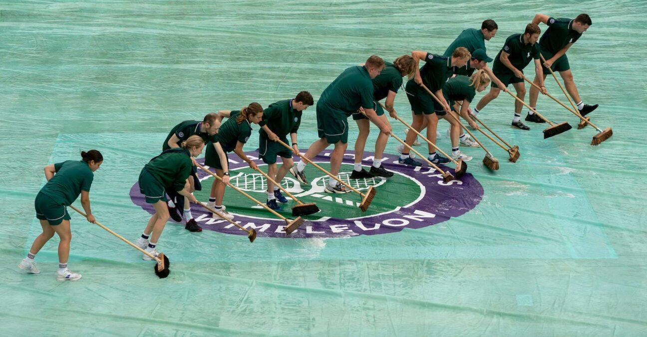 Wimbledon rain delay 2021