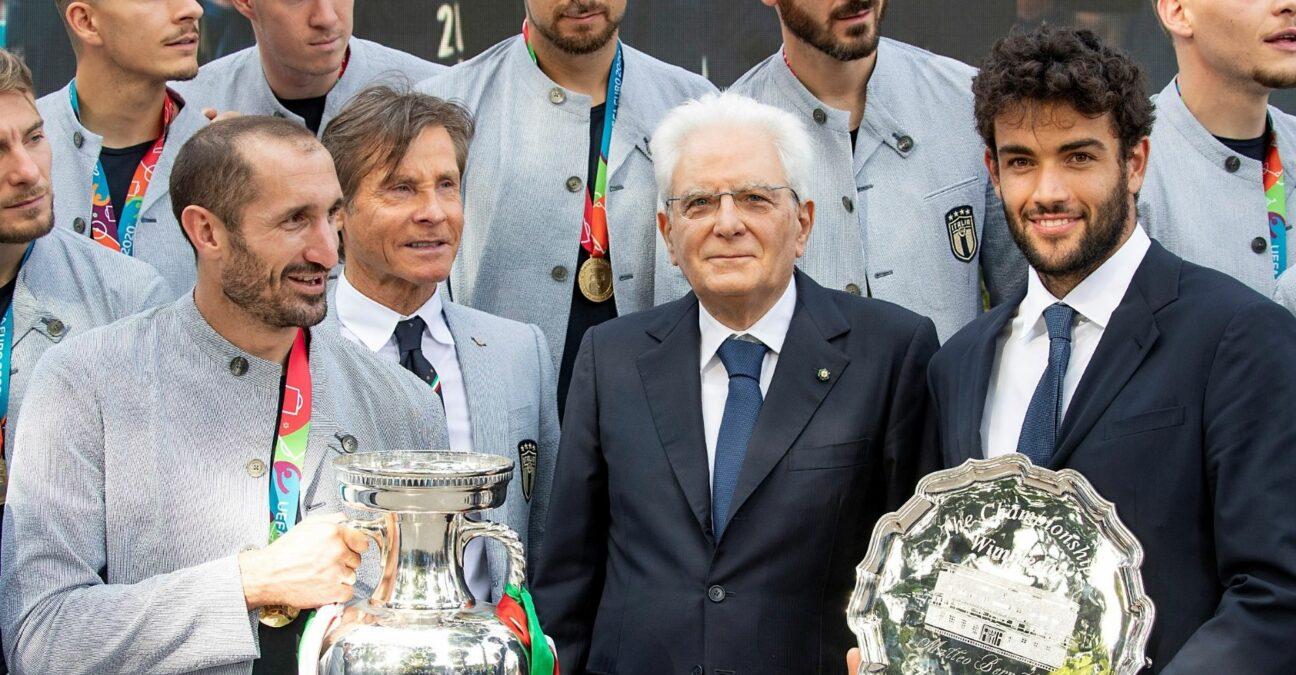 Matteo Berrettini avec les vainqueurs de l'Euro 2020