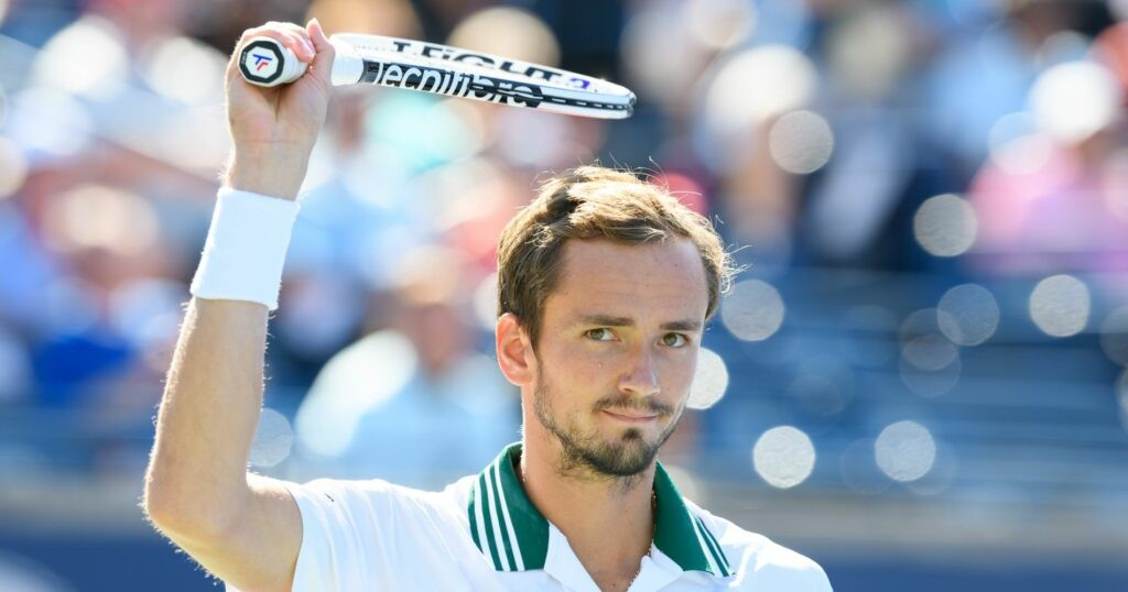 Daniil Medvedev (RUS) waves to the fans at the National Bank Open tennis tournament in Toronto, ON, Canada