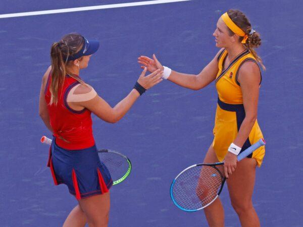 Paula Badosa and Victoria Azarenka after the 2021 Indian Wells final